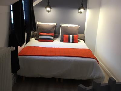 location chambre hotel au mois 77